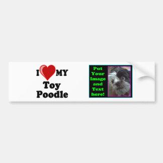 Eu amo (coração) meu cão de caniche do brinquedo adesivo para carro