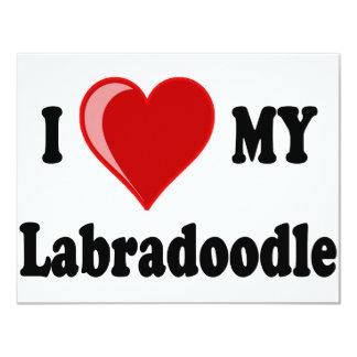 Eu amo (coração) meu cão de Labradoodle Convites Personalizado