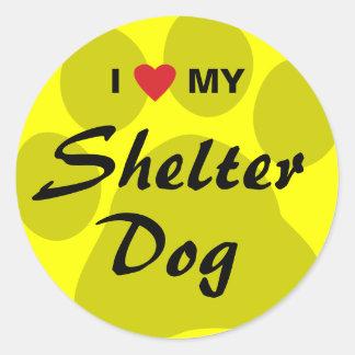 Eu amo (coração) meu cão do abrigo adesivo