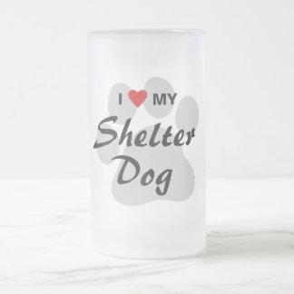 Eu amo (coração) meu cão do abrigo caneca