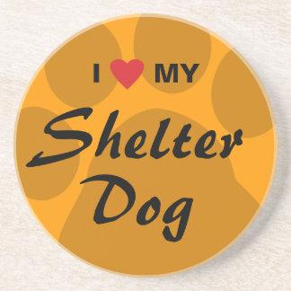 Eu amo (coração) meu cão do abrigo porta copo