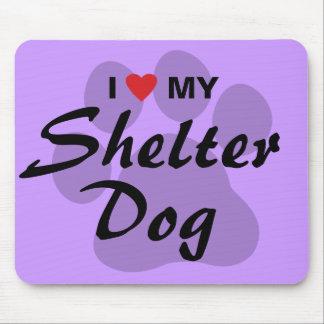Eu amo (coração) meu cão do abrigo mousepad