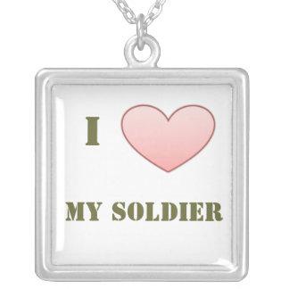 Eu amo meu soldado colar com pendente quadrado