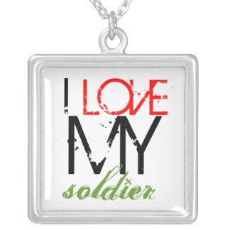 Eu amo minha colar do soldado