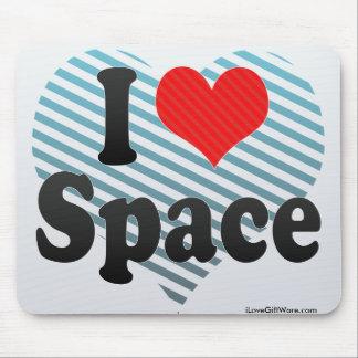 Eu amo o espaço mouse pads
