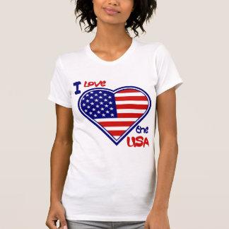 Eu amo o t-shirt das senhoras da bandeira do coraç