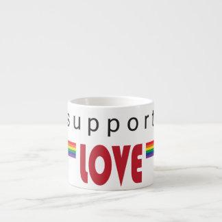 Eu apoio o branco do arco-íris do amor caneca para expresso