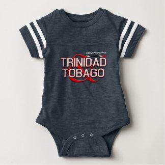Eu conheço pessoas de Trinidad and Tobago Camiseta
