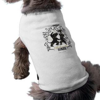 Eu flerto com perigo 2 camisas para cães