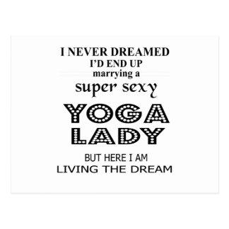 """Eu nunca sonhei casando uma senhora """"sexy"""" da ioga cartão postal"""