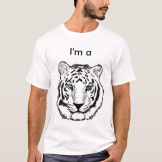 Eu sou o TShirt de uma criança do tigre