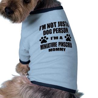 Eu sou uma mamãe do Pinscher diminuto Camisa Ringer Para Cachorro