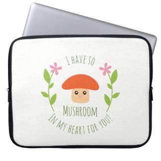 Eu tenho assim o cogumelo em meu coração para você sleeve para notebook