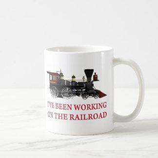 Eu tenho trabalhado na estrada de ferro caneca