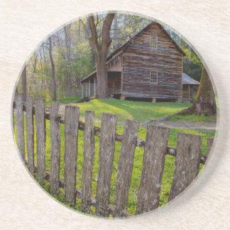 EUA, Tennessee, cabine na angra de Cades Porta Copos De Arenito