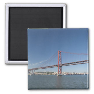 Europa, Portugal, Lisboa aka Lisboa). Ponte Ímã Quadrado
