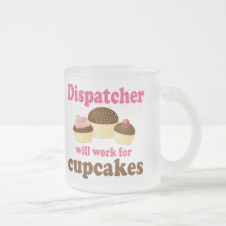 Expedidor bonito dos cupcakes do chocolate caneca de café vidro jateado