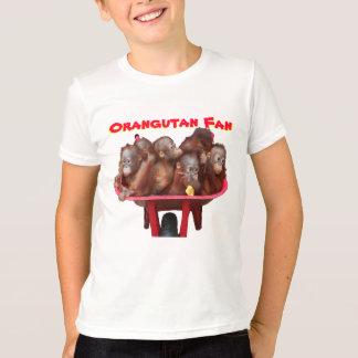 fã vermelho do orangotango do carrinho de mão camisetas