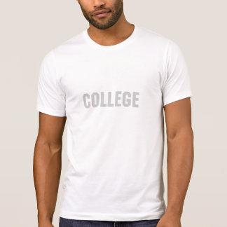 Faculdade T-shirts