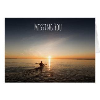 Faltando o que Canoeing no cartão do oceano