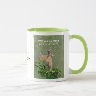 Fanfarrão & gama dos cervos de Whitetail do Caneca