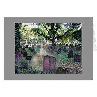 Fantasma no cemitério cartão