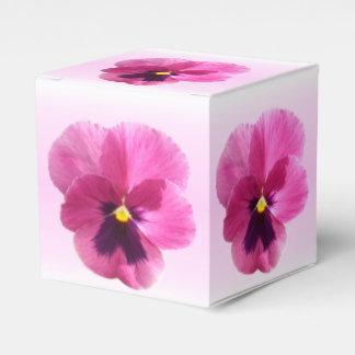 Favor/caixa de presente - amor perfeito caixinha de lembrancinhas