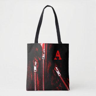 Fecha o monograma vermelho do impressão por todo o bolsas tote