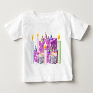 Feliz aniversario de NOVINO - ocasiões felizes Camiseta Para Bebê