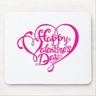 Feliz dia dos namorados com corações cor-de-rosa,