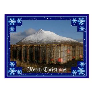 Feliz Natal da montanha do Ballyhoo Cartoes Postais