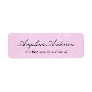 Feminino moderno da escrita elegante cor-de-rosa à etiqueta endereço de retorno