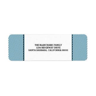 Feriado festivo diagonal azul das listras etiqueta endereço de retorno