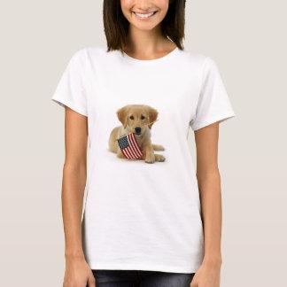 Filhote de cachorro e bandeira do golden retriever tshirts
