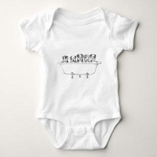 Filhotes de cachorro de Pitbull na cuba - T-shirt