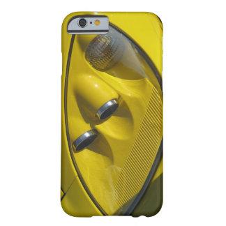 Fim-acima amarelo do farol de Corveta Z06 Capa Barely There Para iPhone 6