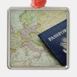 Fim-acima do passaporte que encontra-se no mapa eu enfeites para arvore de natal