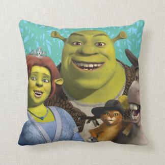 Fiona, Shrek, Puss nas botas, e asno Almofada