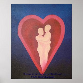 Fixe no abraço do poster real do amor