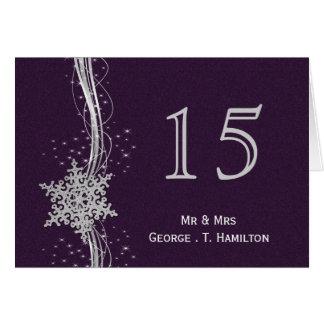 flocos de neve de prata roxos que wedding números cartões