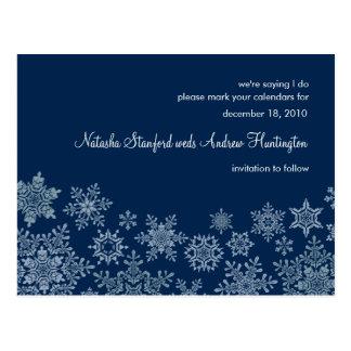 Flocos de neve do inverno que Wedding economias o Cartão Postal