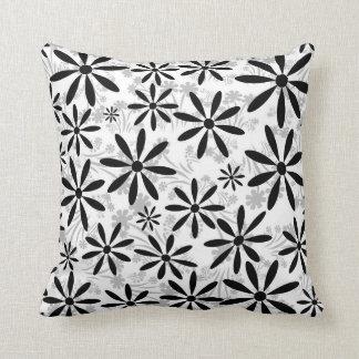 Flor branca preta travesseiros de decoração