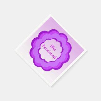 Flor cor-de-rosa e roxa persistiu o guardanapo de