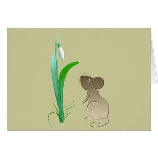 Flor da gota da neve e rato bonito cartão