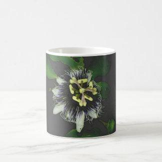 flor-da-paixão caneca de café