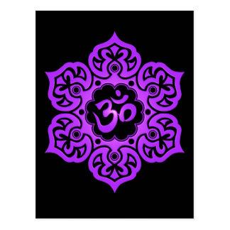 Flor de Lotus roxa e preta OM Cartão Postal