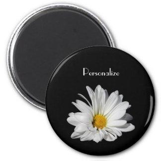 Flor elegante da margarida branca com nome íman