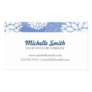 Flores brancas azuis do monograma cartão de visita
