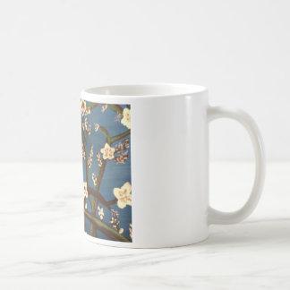 Flores da manhã caneca de café
