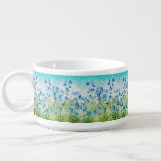 Flores em um prado tigela para sopa